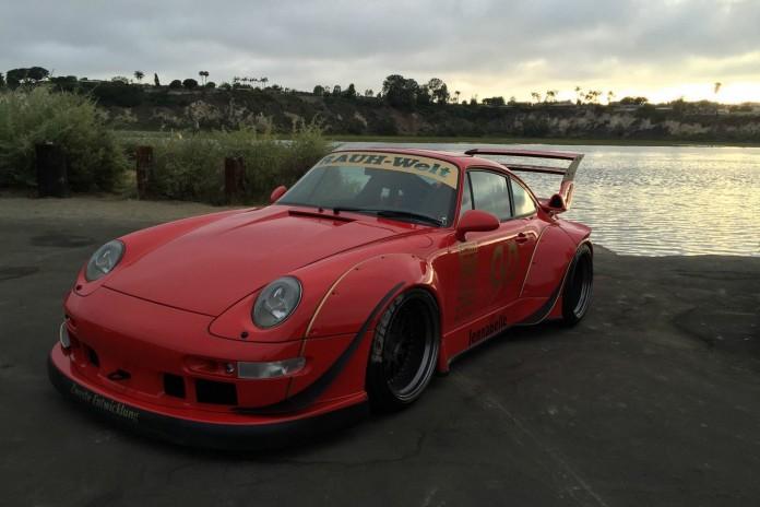1995_Porsche_993_by_RWB_for_sale_02