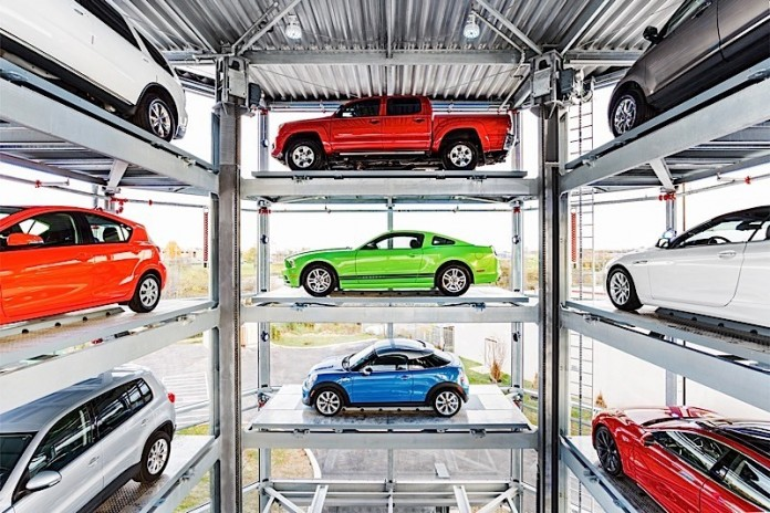 5-story-car-vending-machine-is-the-coolest-way-to-pick-up-your-new-ride-video_4