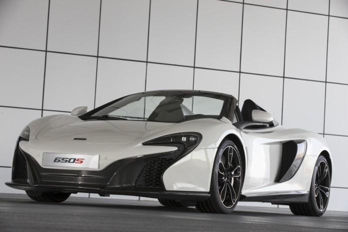 5989-McLaren+650s+Sahara+(roofdown)-6b