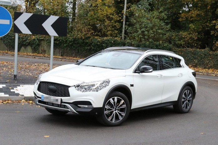 Infiniti QX30 spy photos (1)