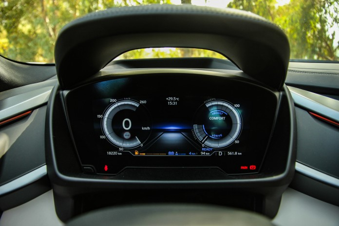 Test_Drive_BMW_i8_100