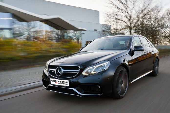Mercedes_E63_AMG_by_Performmaster_02