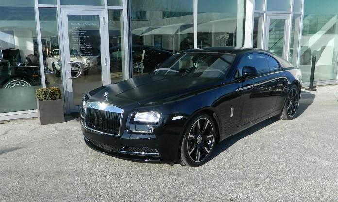 Rolls-Royce-Wraith-Carbon-Fiber-9