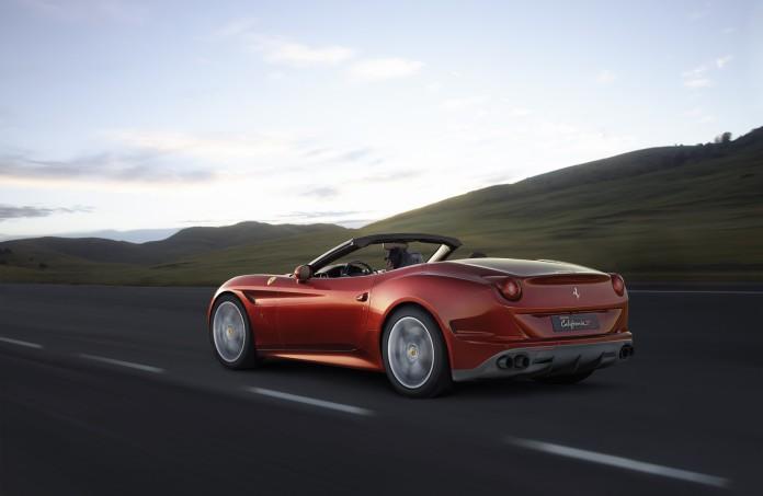 160047-car_ferrari-california-t