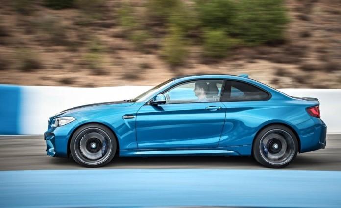 2016-BMW-M2-1081-876x535