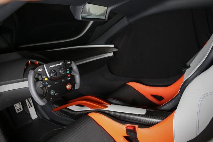 McLaren-JVCKENWOOD-675LT-2
