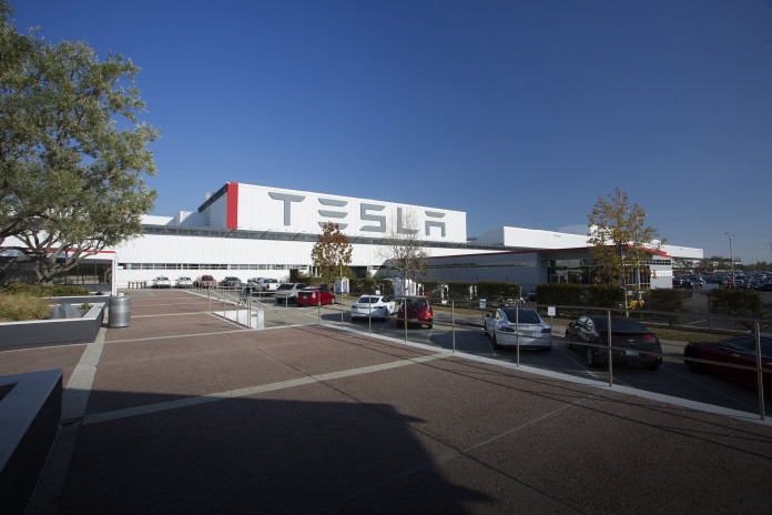 teslas-giga-factory-was-on-fire-literally-104030_1