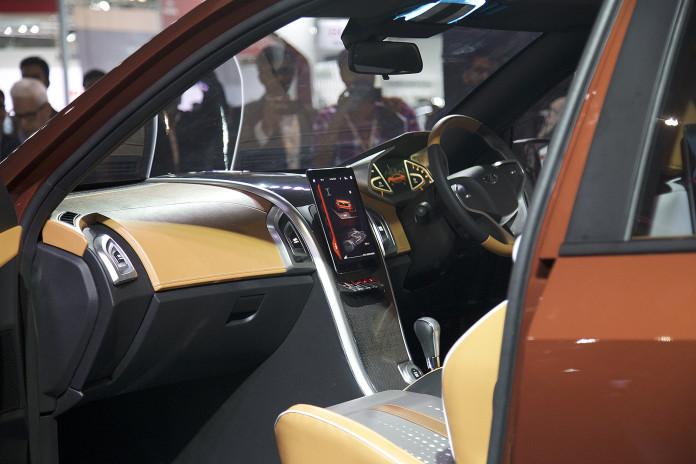 2017-Mahindra-XUV-Coupe-Concept-3