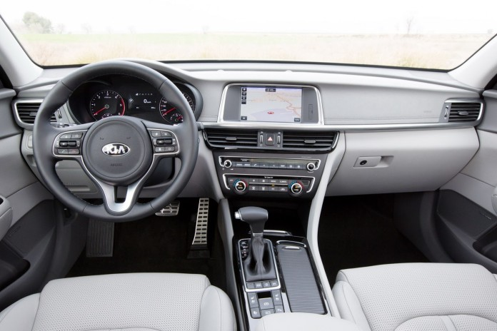 KIA Optima Sportwagon 10