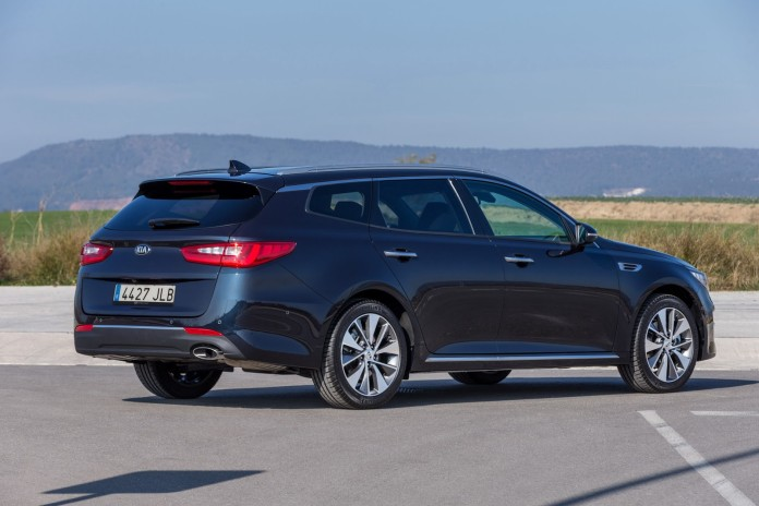KIA Optima Sportwagon 3