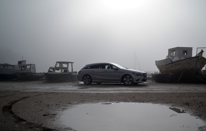 Mercedes-Benz CLA200 Shooting Brake 10