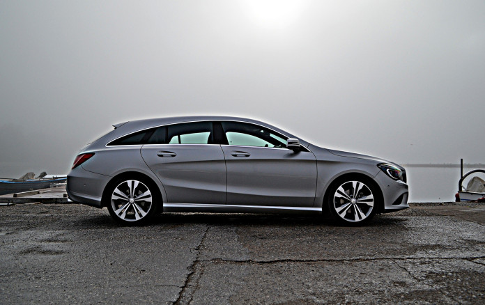 Mercedes-Benz CLA200 Shooting Brake 5