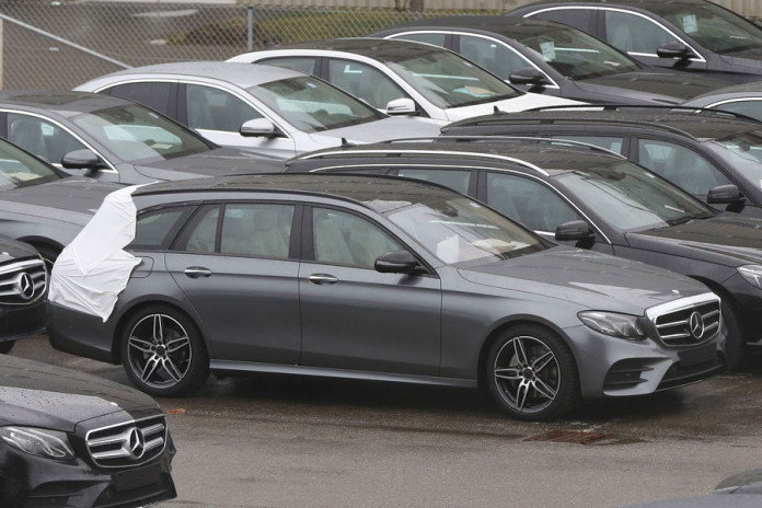 Mercedes E-Class Estate 2017 spy photos (2)
