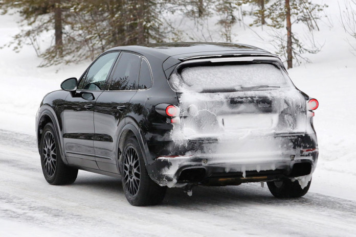 Porsche-Cayenne 2018 spy photos (6)