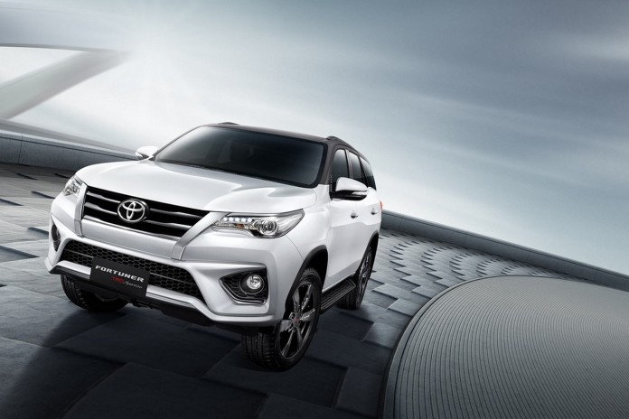 2016 Toyota Fortuner TRD Sportivo 15