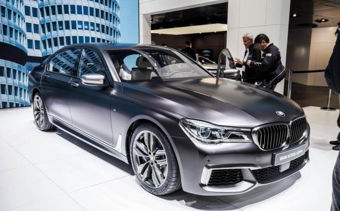 BMW-M760Li-005