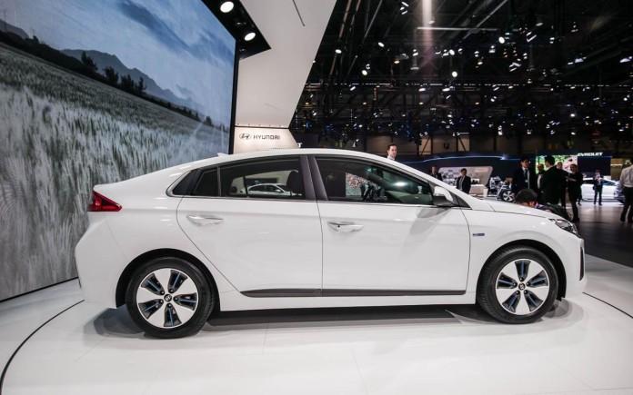 Hyundai-Ioniq-010