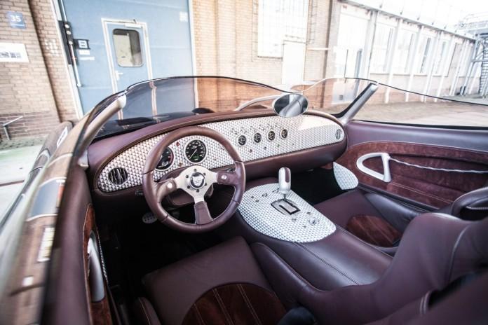 Jaguar_XK180_concept_29