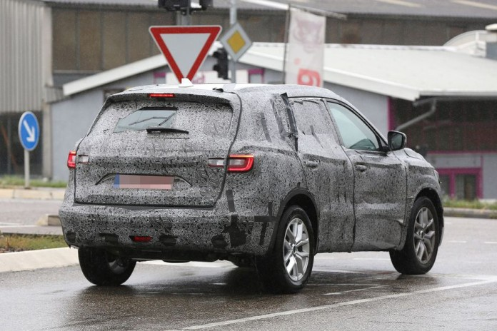 Renault_Koleos_spy_photos_13