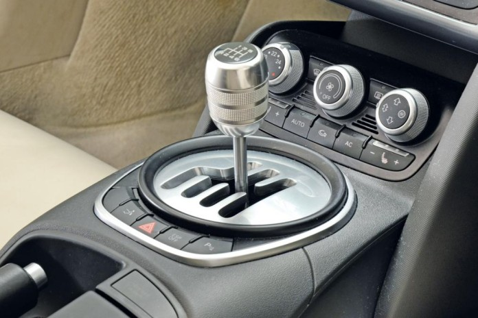 r8-manual-gear-box