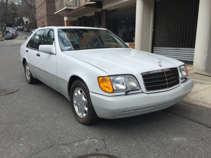 1992_Mercedes_600SEL_and_400SE_14