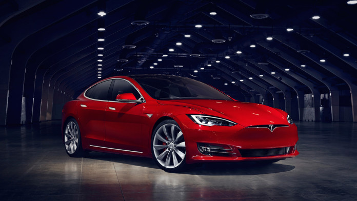 2016_Tesla_Model_S_facelift_02