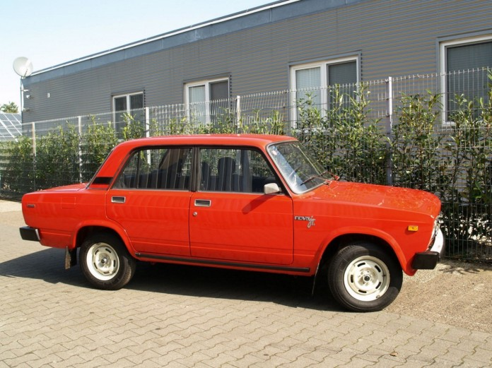 Almost_new_Lada_Riva_for_sale_04
