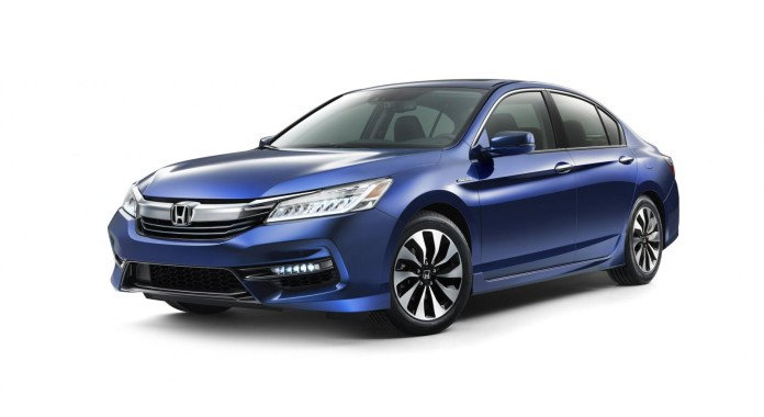 Honda Accord Hybrid 2017 (1)