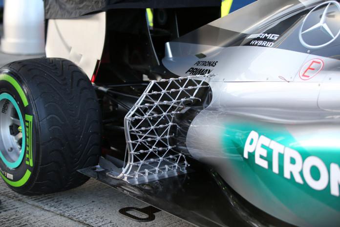 Lewis-Hamilton-Mercedes-Formel-1-Test-Jerez-4-Februar-2015-fotoshowBigImage-4a14a764-841291