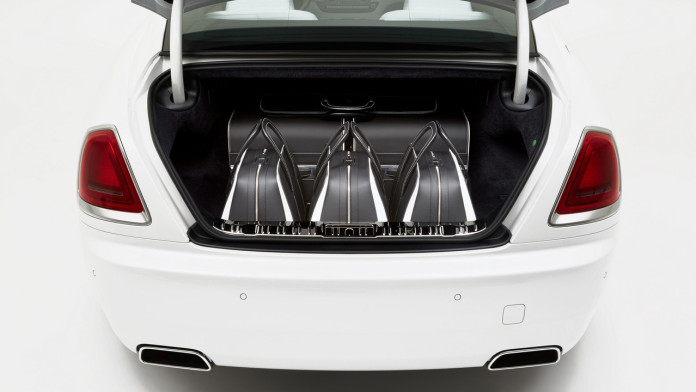Rolls_Royce_Wraith_Luggage_Collection_02