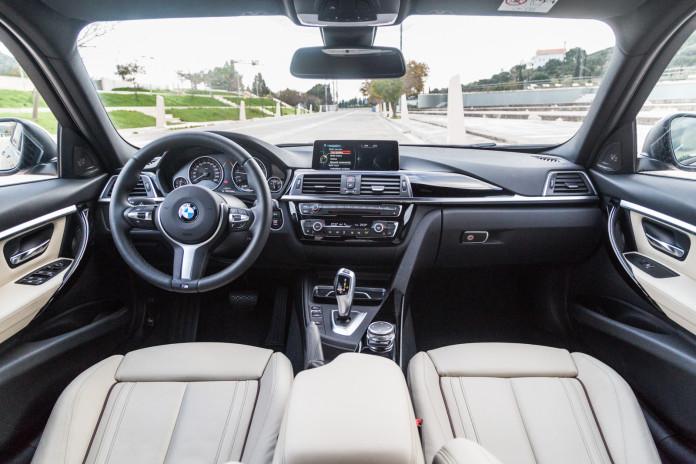 Test_Drive_BMW_320_efficientdynamics_53