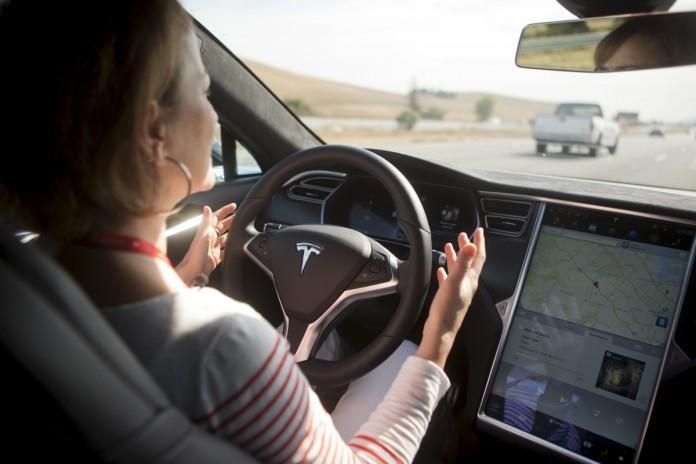tesla-model-s-autopilot