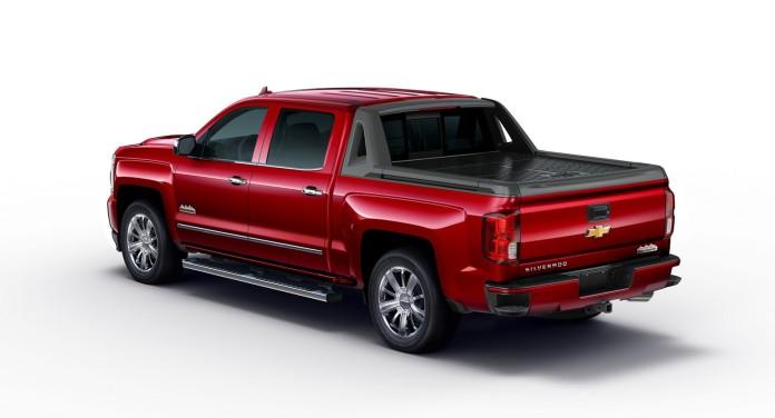 2017-Chevrolet-Silverado-HighDesert-2