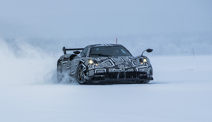 Pagani Huayra BC on ice (1)