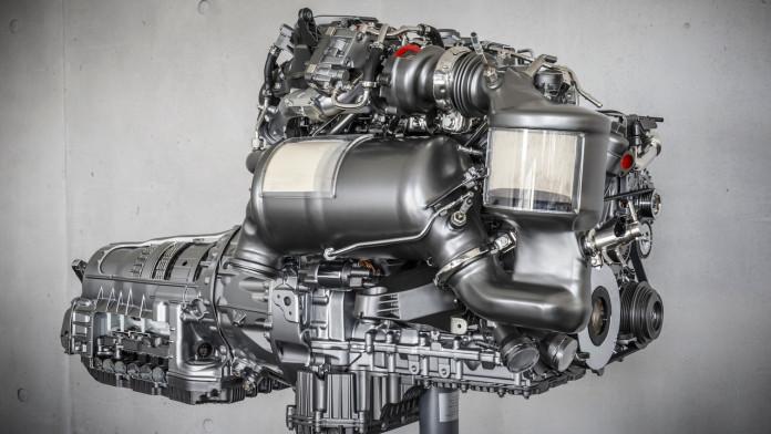 mercedes-four-cylinder-diesel-engine