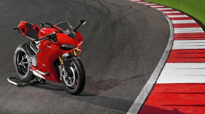2012-Ducati-1199-Panigale-05