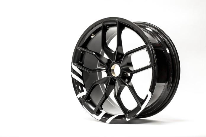 BAC_Mono_carbon_wheels_04