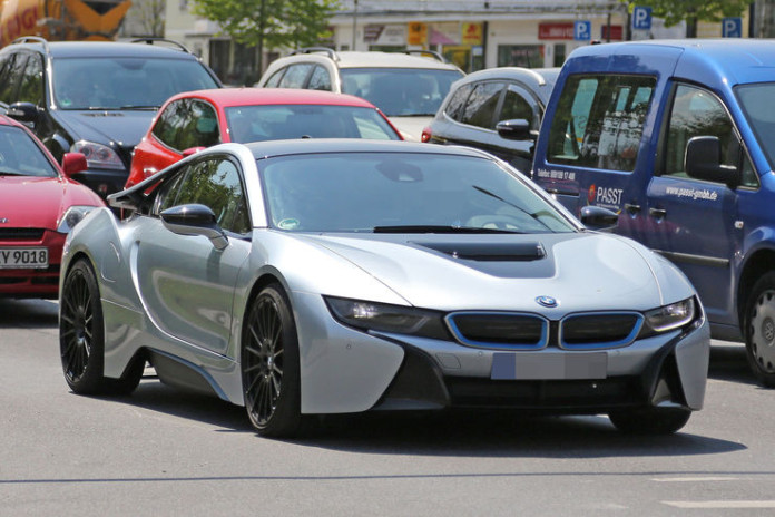 Spy_Photos_BMW_i8_facelift_04