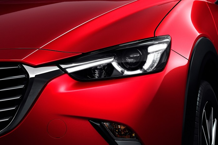 2016-Mazda-CX-3-headlamp