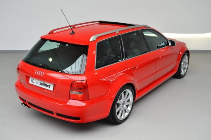 Audi_RS4_B5_for_sale_04