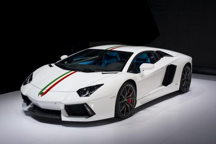 Lamborghini-Aventador-Nazionale-Ad-Personam-2[3]