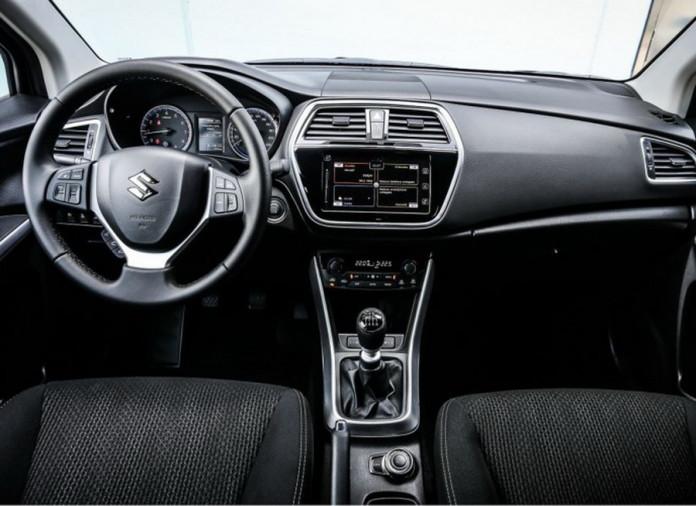 Suzuki_SX4_S-Cross_facelift_12