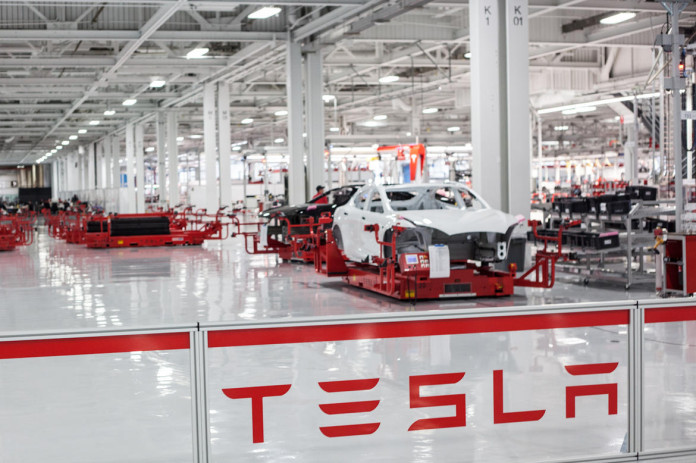 Tesla-Motors-factory