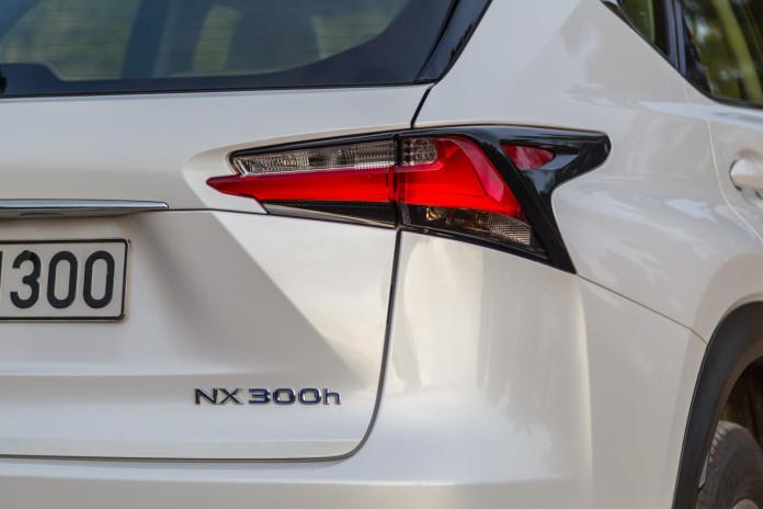 Test_Drive_Lexus_NX300h_09