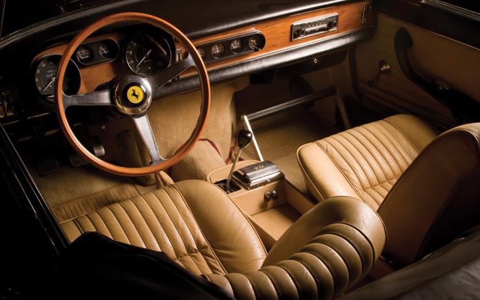 ferrari-classic-interior