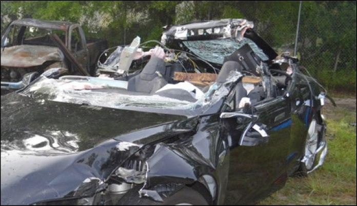 tesla model s crash (1)