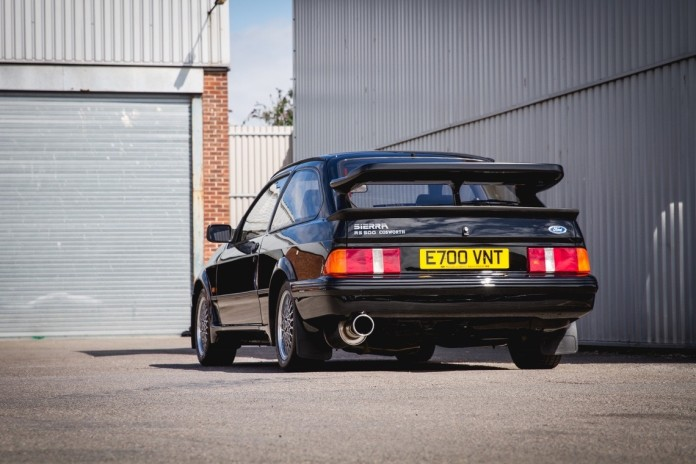 1987_Ford_Sierra_Cosworth_RS500_03