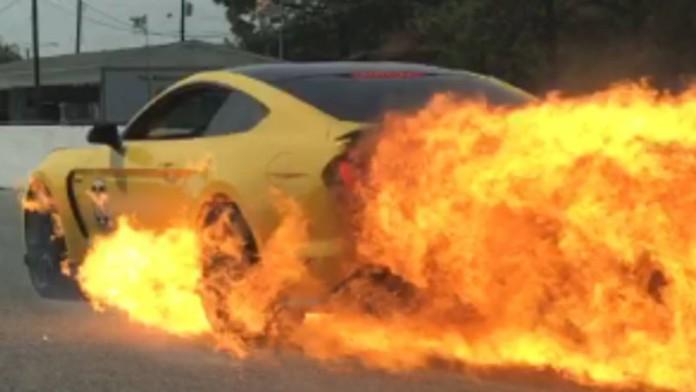 GT350+Fire+2
