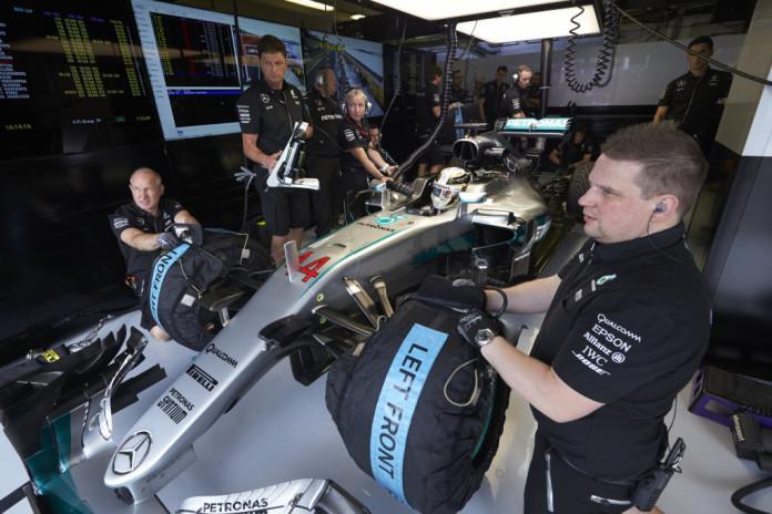 2016 Hungarian Grand Prix, Friday
