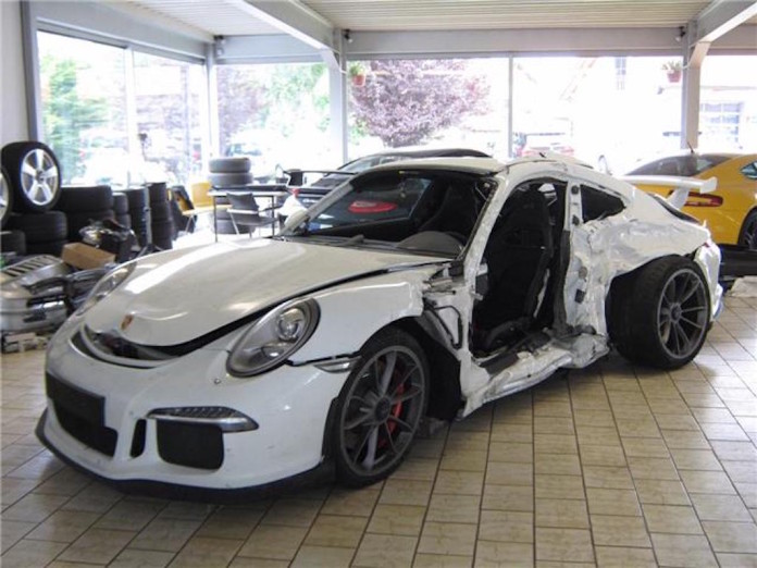 Porsche 911 GT3 Crash for sales (2)